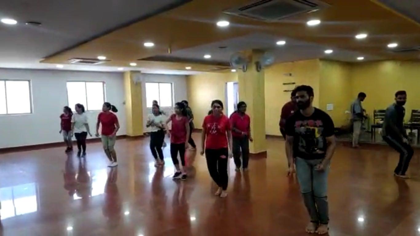Bollywood class in marathahalli, Freestyle class in marathahalli, Hiphop calss in marathahalli, contemporary class in marathahalli, salsa class in marathahalli, Zumba class in marathahalli