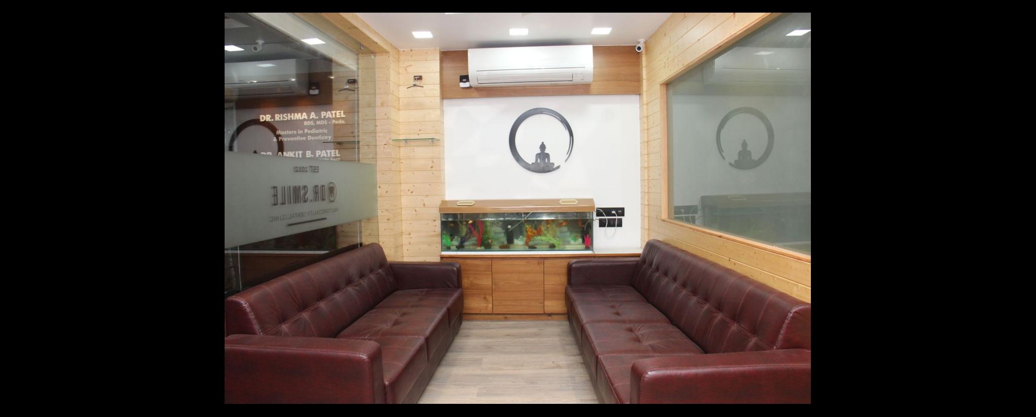 Dr. Smile Dental Clinic - Dentist and Dental Clinic in Golwad Gate, Navsari