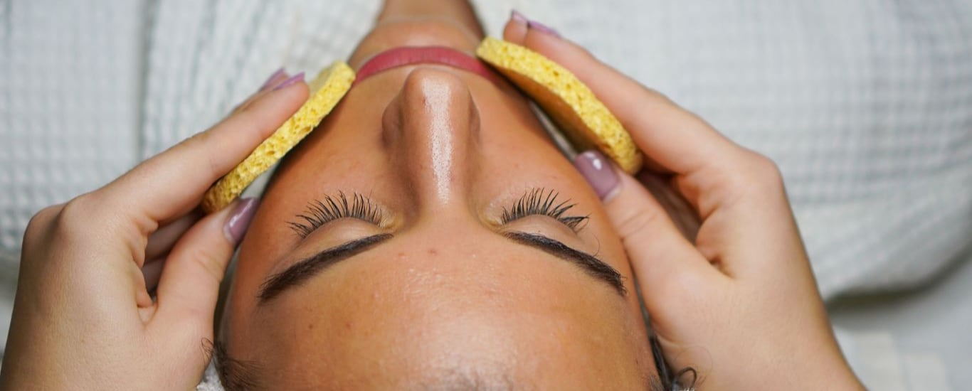 Golden Touch Anti Aging Skin And Hair Clinic - Hair Loss Transplant and Scalp Treatment Doctor, Skin Specialist and Skin Care Clinic and Homeopathic Doctor and Homeopathy Clinic in Chunabhatti, Mumbai